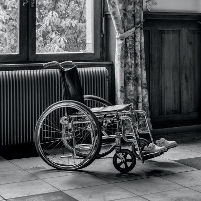 Priemonės neįgaliesiems